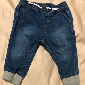 Cat & Jack Baby 6-9 month jogger Jeans